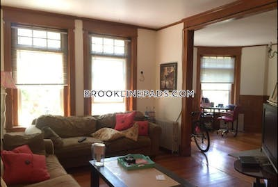 Brookline Apartment for rent 3 Bedrooms 1 Bath  Cleveland Circle - $3,150